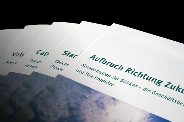 Mehrsprachige Broschüre der Automotive-Markenstrategie zur Mitarbeiter-Kommunikation